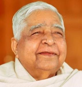 This image has an empty alt attribute; its file name is Goenka4.jpg