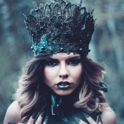 greyscale-photography-of-woman-wearing-crown-2495703