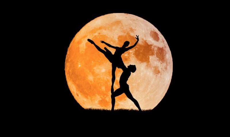 luna plina si balet